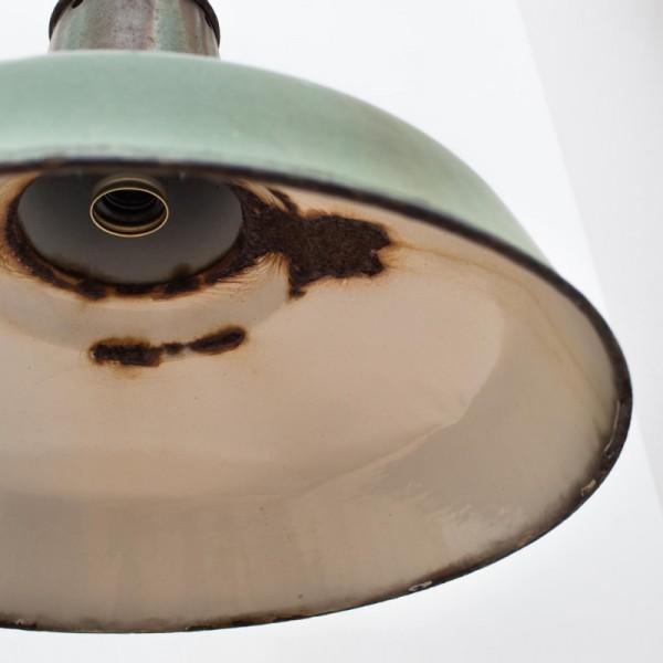 _0001_20190109__Industrielampe_gruen__077XKn3Wf6DcEMn