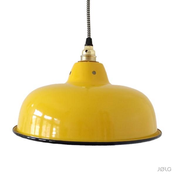 gelbe alte emaille industrielampe mit individuellem textilkabel von j lg j lg. Black Bedroom Furniture Sets. Home Design Ideas