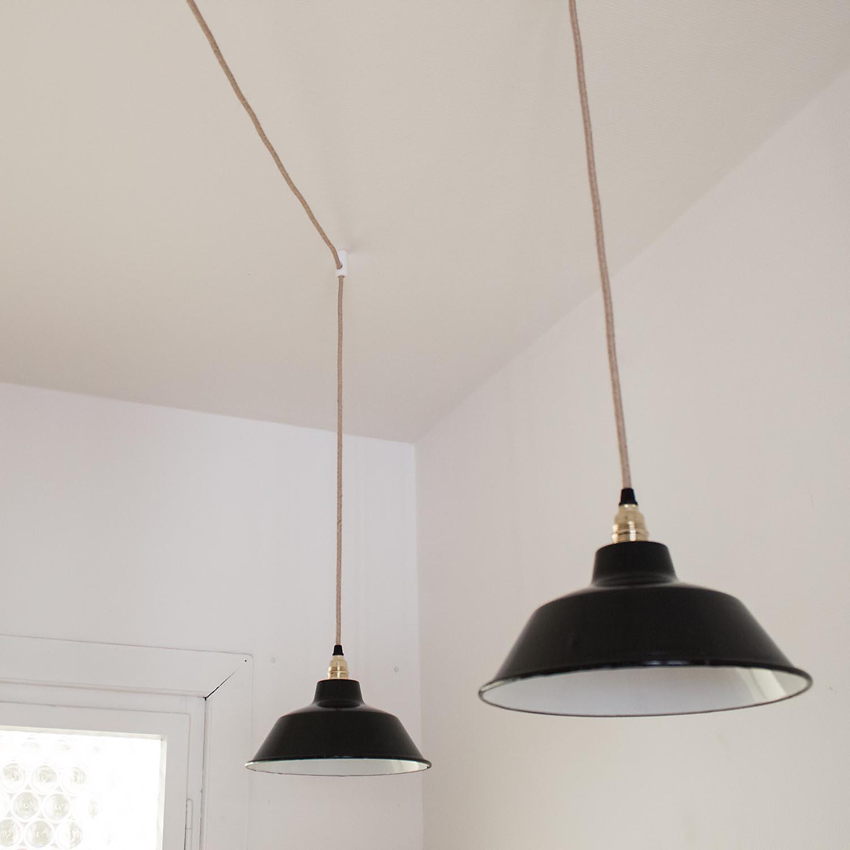 lampen distanzaufh ngung zur installation einer. Black Bedroom Furniture Sets. Home Design Ideas