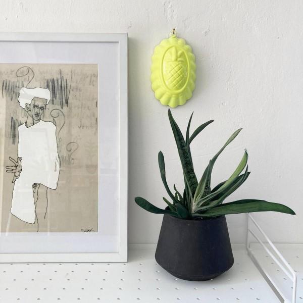 Anais die Neon-Gelbe Ananas | Wand-Objekt | Neons by JØLG